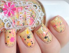 GlitterDaze The Bouquet And The Bees Nail Polish | Cosmetic Sanctuary