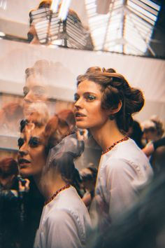 Prism photography effects Artistic Photography, Film Photography, Creative Photography, Fashion Photography, Lomography, Photo Effects, Photoshoot Inspiration, Double Exposure, People