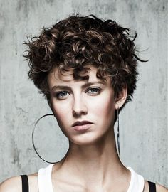 Admiring Short Curly Hairstyles