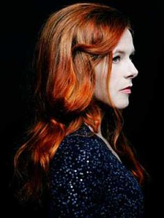 Neko Case, easily one of my favorite female singer/musicians her voice is incredible....i love her!