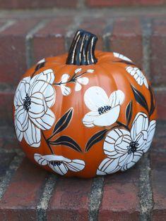 Fall Pumpkins, Halloween Pumpkins, Fall Halloween, Halloween Crafts, Halloween Decorations, Black Pumpkin, Pumpkin Art, Pumpkin Carving, Pumpkin Painting