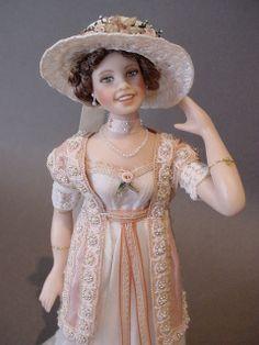 GERTIE - A dollshouse lady doll (Close up)