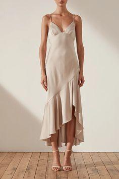Oro bias frill midi dress - taupe - Source by arielllucha - Dresses Elegant, Satin Dresses, Silk Dress, Pretty Dresses, Sexy Dresses, Evening Dresses, Casual Dresses, Dress Up, Dresses For Work