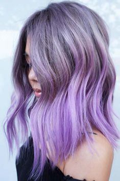 70 Tempting and Attractive Purple Hair Looks Grey To Lavender Purple ❤ When you think about purple hair, you might love the look but hesitate if it fits your features. It is possible to do it step by step, starting with dying streaks. Faded Purple Hair, Light Purple Hair, Hair Color Purple, Light Hair, Purple Ombre, Lavender Hair Colors, Violet Pastel, Violet Hair, Balayage Hair Purple