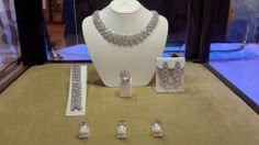 World Luxury Expo Event 2014 Jewelry For Her, Heart Jewelry, Jewelry Bracelets, Fine Jewelry, Women Jewelry, Jewelry Drawing, Shopping Hacks, Jewellery Display, Fashion Earrings