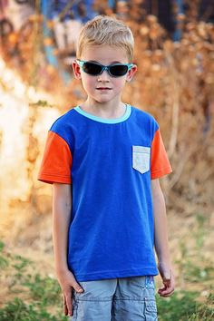Boys T Shirt Pattern - Long and Short Sleeves - Colorblock or Pocket Tee - 12 months to 12 years - color block tee PDF pattern Long Sleeve Tees, Short Sleeves, Sailor Dress, Vintage Dress Patterns, Vintage Boys, Pattern Cutting, Boys T Shirts, Color Blocking, Kids Outfits