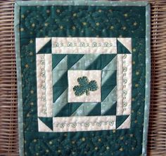 ♧ Irish Shamrock Quilt