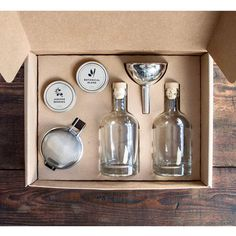 Gourmet Gifts for Dad: Homemade kit that lets you turn vodka into gin