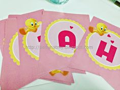 It was a rush order to complete this DIY package for Baby Alisha who turns 1 recently. We have combined Sweet Pink theme and her favorite...