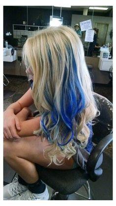 Blue Hair Highlights, Hair Color Streaks, Hair Color Blue, Blonde Color, Girl Hair Colors, Hair Dye Colors, Blonde And Blue Hair, Violet Hair, Red Hair