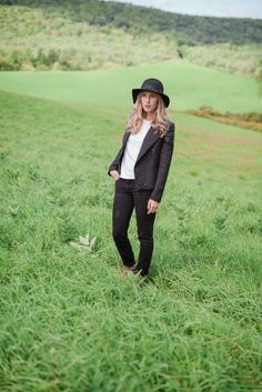 DUO BOOTS / Fall Style Options / Fall Fashion Ideas // Lynzy & Co.