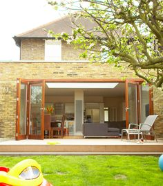 The perfect extension to cope with the needs of a growing family. http://www.architect-yourhome.com/