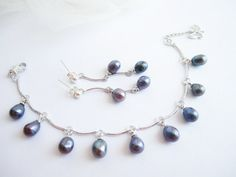 Pearl earrings and bracelet set peacock pearl by MalinaCapricciosa