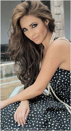 Anahí Giovanna Puente Portilla es cantante, compositora y actriz Mexicana❤