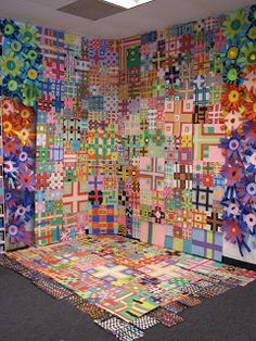 shine brite zamorano: collage art lesson - based upon the quilts of Eleanor McClain. Very beautiful. Group Art Projects, Collaborative Art Projects, School Art Projects, Ecole Art, Eleanor Mccain, Eleanor Rigby, Middle School Art, Art Lessons Elementary, Art Lesson Plans