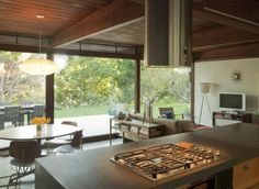 Oonagh-Ryan-Mount-Washington-Los-Angeles-mid-century-kitchen-remodel