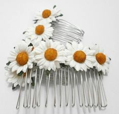 Set of Two Sweet Daisy Comb Silver Plated Flower Accessory