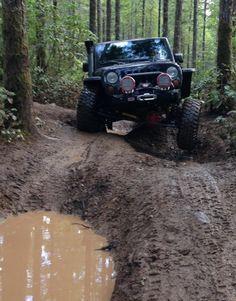 Fun in the mud - Jeep