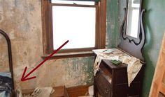 He Snuck Into An Abandoned House. What He Found Has Been Hidden In Secret For Over 30 Years.
