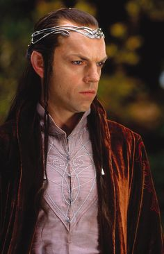 Immagine di http://vignette4.wikia.nocookie.net/lotr/images/9/9f/Elrond_of_Rivendell.jpg/revision/latest?cb=20130202120854.