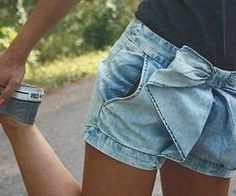 Jeans shorts with a bow