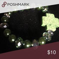 Beautiful green stones Custom make any color hand made Jewelry Bracelets