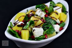 Salata cu spanac, ananans si feta - CAIETUL CU RETETE Fruit Salad, Feta, Salads, Fruit Salads