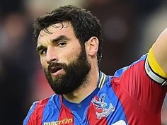 "Crystal Palace's Alan Pardew offers gratitude to outgoing ""super"" Mile Jedinak"