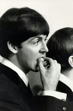 Beatle Paul McCartney, 1964