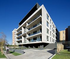 Galería de Edificio Piacenza / SML Arquitectos + TRI-Arquitectura - 1