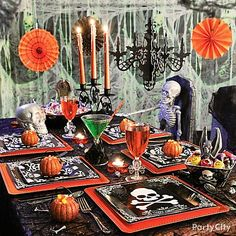Want a fun craft project for your Halloween themed party? Here's one of our most de-fright-ful adult Halloween party ideas… Party City Halloween Decorations, Adult Halloween Party, Halloween Table, Halloween Spider, Holidays Halloween, Happy Halloween, Candy Decorations, Hanging Decorations, Halloween Candy