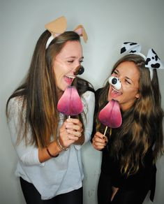 Super cute Snapchat Dog Filter costume for the best outfit at your Halloween party! 2 Person Costumes, Two People Halloween Costumes, Pop Culture Halloween Costume, Cute Costumes, Halloween Outfits, Costume Halloween, Costume Ideas, Halloween Party, Friend Costumes