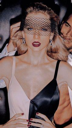 Photos Of Taylor Swift, Taylor Swift Fan, Taylor Alison Swift, Beautiful Soul, Beautiful People, Taylor Swift Wallpaper, Fans, Latest Albums, Celebs