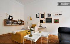 sala, branco, preto, amarelo, madeira, parquet, quadros