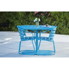 Even if you don't live in France, there's no reason you can't pretend you're eating at a quaint sidewalk cafe with this Nesting Bistro Set. This steel patio. Outdoor Dining Set, Patio Dining, Outdoor Chairs, Outdoor Decor, Affordable Outdoor Furniture, Outdoor Furniture Sets, Metal Patio Furniture, Furniture Design, 3 Piece Bistro Set