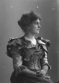 Portrait of Victorian lady. Such interesting and rarely seen pleating details on her bodice! Bjørnson, Bergljot, 1897.