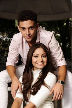 Bildergebnis für karol sevilla y su novio Disney Channel, Sou Luna Disney, Mike Singer, Disney Cast, Story Instagram, Disney Shows, Becky G, Son Luna, Disney Couples