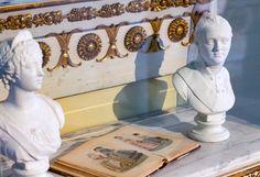 Ripaus 1800-luvun lumoa kotiin Vintage Decor, Vintage Fashion, Led, Mirror, Lighting, Antiques, Frame, Home Decor, Style