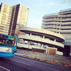Bus going past Southend Victoria!  http://instagram.com/lovesouthend