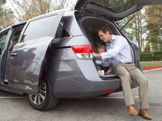 7 Best Minivans For The Money For 2015   Autobytel.com