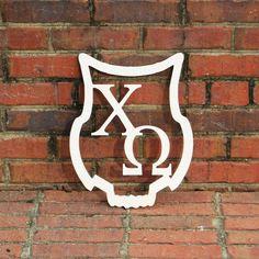 ΧΩ Owl Border Monogram - Chi O Creations Chi Omega Recruitment, Sorority Little, Big Little Reveal, Sorority Crafts, Owl Bird, Alpha Phi, Greek Life, Chi Chi, Cute Crafts