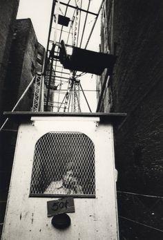 Jill Freedman | Wheel of Fortune, New York City, 1969