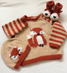 Fox Cub Sweater Set knitting project shared on the LoveKnitting community. Find this pattern and more project inspiration on the LoveKnitting website!