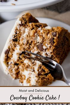 Cookie cake? Yup! That's exactly what Kayla has prepared for us in this easy to make recipe for cowboy cookie cake. The layers of oversized cowboy cookies with their walnuts, coconut, chocolate chips, and oatmeal are paired with a luscious cream cheese frosting that makes this cake option out of this world delight! Easy to make, easy to frost, easy to please your family! Baking ideas and recipes from Kayla are innovative and original baking recipes that are sure to wow. Be sure to follow along! Cheesecake Recipes, Cupcake Recipes, Cupcake Cakes, Dessert Recipes, Cupcakes, Easy Baking Recipes, Baking Ideas, Coconut Chocolate Chip Cookies, Chocolate Chips