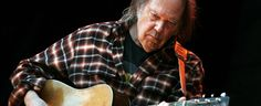 A RADIO ROCK – 89,1 FM   OUÇA O NOVO   SP – Neil Young não para: disco novo e mais uma biografia a caminho