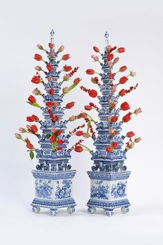 A pair of Delft blue and white pyramidal flower vases, circa Blue And White China, Blue China, Love Blue, Delft, Purple Tulips, White Tulips, Flower Vases, Flower Arrangements, Nature