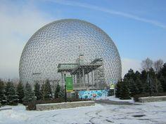 "Геодезический купол фуллера. : Ричард Бакминстер Фуллер (Richard Buckminster Fuller) и Шойи Садао (Shoji Sadao),. Павильон на "" Экспо-67 в Монреале"