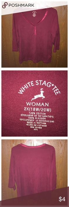 Women's Top Like new, has been worn a few times but does not have any flaws. White Stag Tops Button Down Shirts