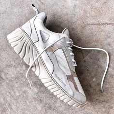 Filling Pieces Dad Sneakers, Casual Sneakers, Sneakers Fashion, Sneakers Design, Fashion Shoes, Designer Shoes, Designer Trainers, Dad Shoes, Men's Shoes