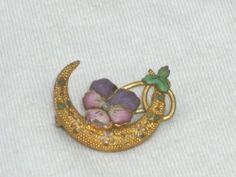 VICTORIAN ENAMEL PANSY FLOWER BROOCH PIN SEED PEARL